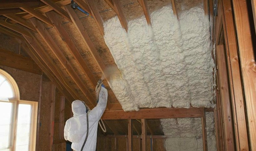 5 Reasons Why Spray Foam Insulation is a Great Home Improvement Idea