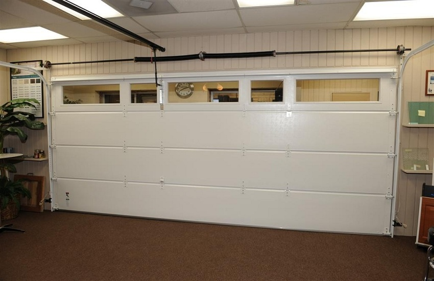 Garage Door Repair Services in North Hills